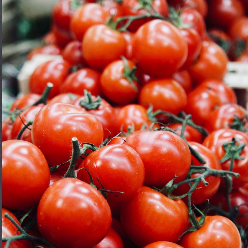 Foto di pomodori per una ricetta CARONES Vision